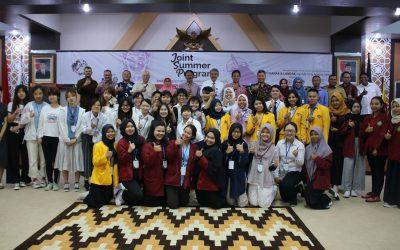 UPB: Perkenalkan Budaya Dayak Melalui Joint Summer Program